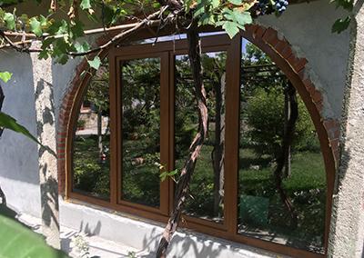 Прозорци тип Арка